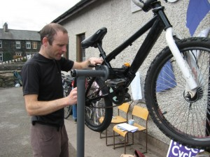 Volunteer bike mechanic, Frith Wood